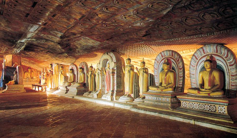 """Rundreise """"Fabelhaftes Sri Lanka"""" & Baden auf den Malediven"""