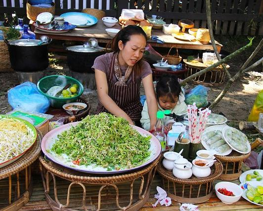 Kulinarische Städtereise durch Südostasien: Saigon, Bangkok & Luang Prabang