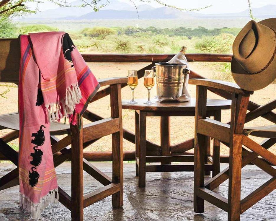 Kenia erleben: Tsavo-Safari & Badeurlaub