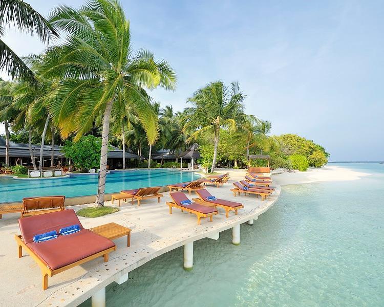 Royal Island Resort & Spa,