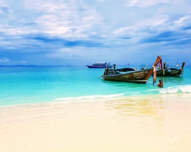 Thaiföld, Phuket karácsonykor, 4 csillagos hotelben, repülőjeggyel