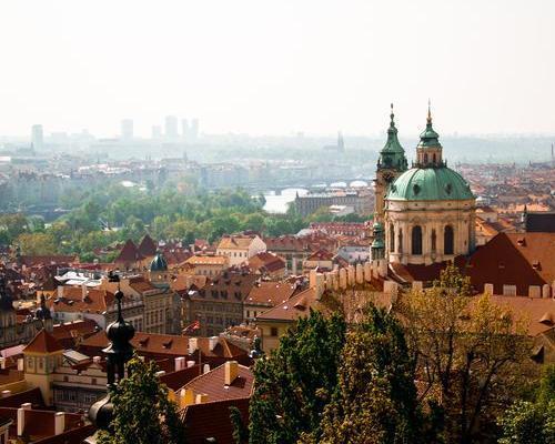 Hosszú hétvége Prágában szállással, reggelivel, repülőjeggyel