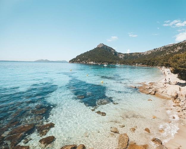 Ausflug nach Mallorca mit Flug, Mietwagen und Luxusaufenthalt im Landhotel Son Trobat