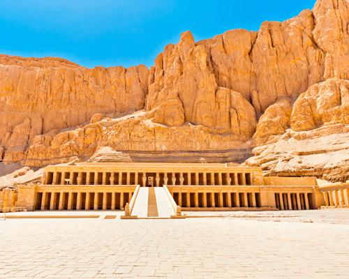 Templo de Hatshepsut en el valle de Deir El Bahari.