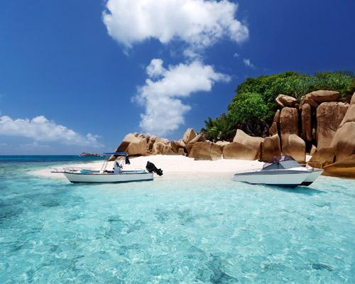 8 nap/7 éj Seychelles áprilisban: repjegy + poggyász + 3*-os szállás + reggeli 396.885 Ft