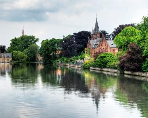 Spend a week of luxury in Bruges