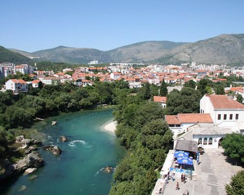 Bosniens bewegende Geschichte kennen lernen in Sarajevo & Mostar inkl. Bunkerbesuch