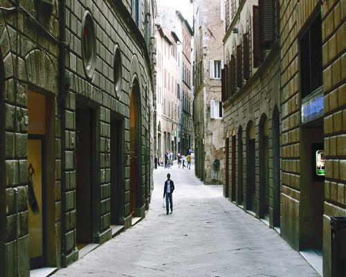 Off-the-beathen-path: Capalbio, Castelnuovo Berardenga, Cortona & Rome