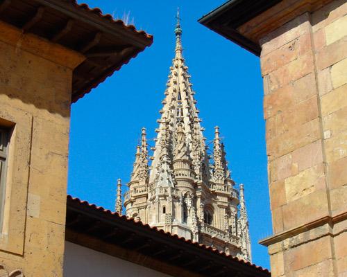 Flight + Hotel to Oviedo