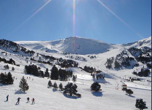 Escapada de invierno a Grandvalira con Forfait en Ordino Arcalis