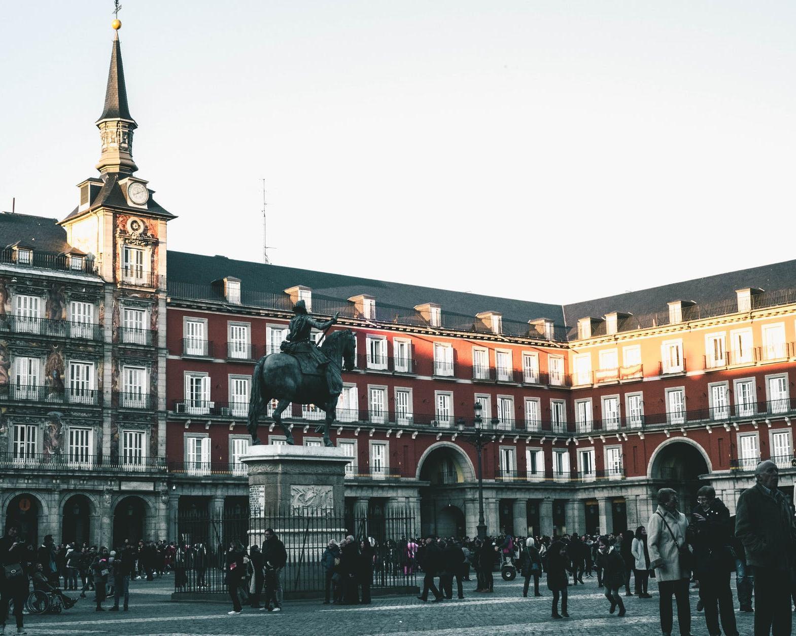 MADRID, PRAGA, BUDAPEST Y VIENA (10N)