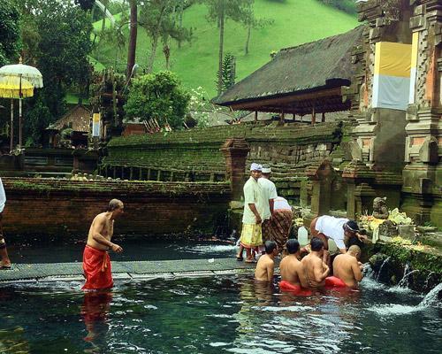 Inselhopping Indonesien: Südbali, Ubud & Lombok