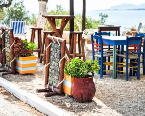 Görög tengerpart, Halkidiki nyaralás: utazás repülővel és szállás