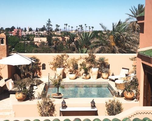 Marokkó, Marrakesh: utazás repülővel és szállás reggelivel