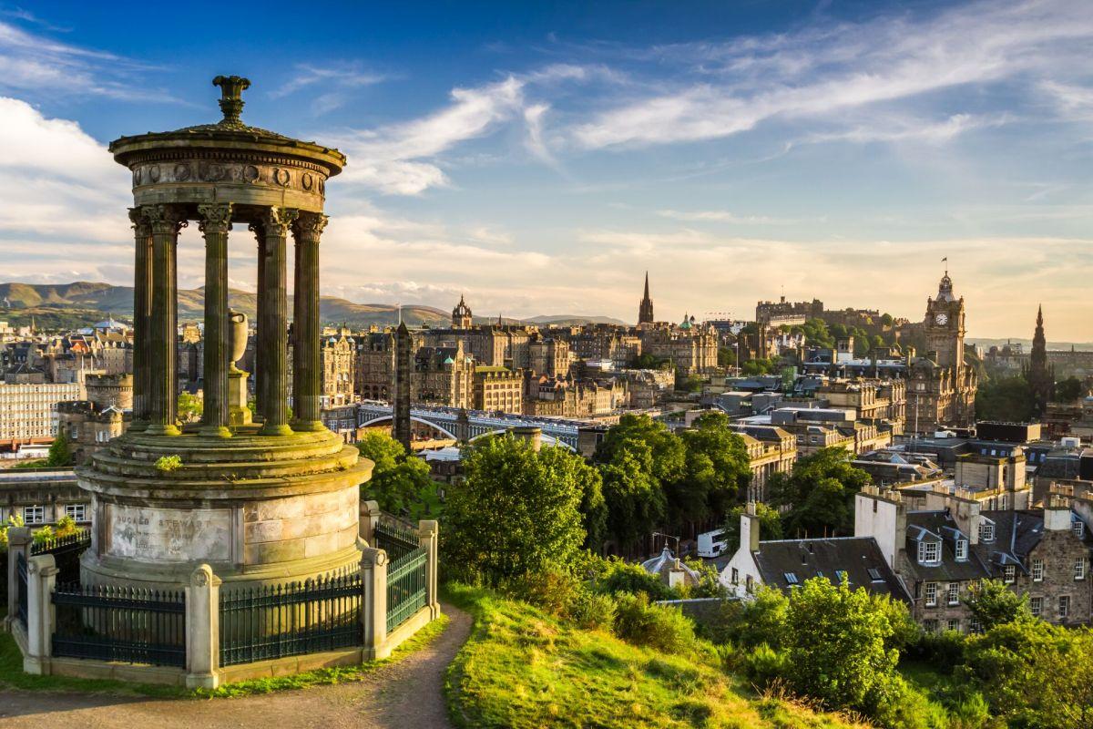 Hosszú hétvége Edinburghban: repjegy + szállás 3 éjszakára