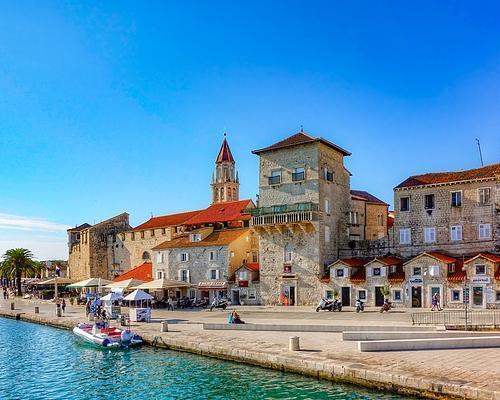 Trogir, Horvátország szeptemberben