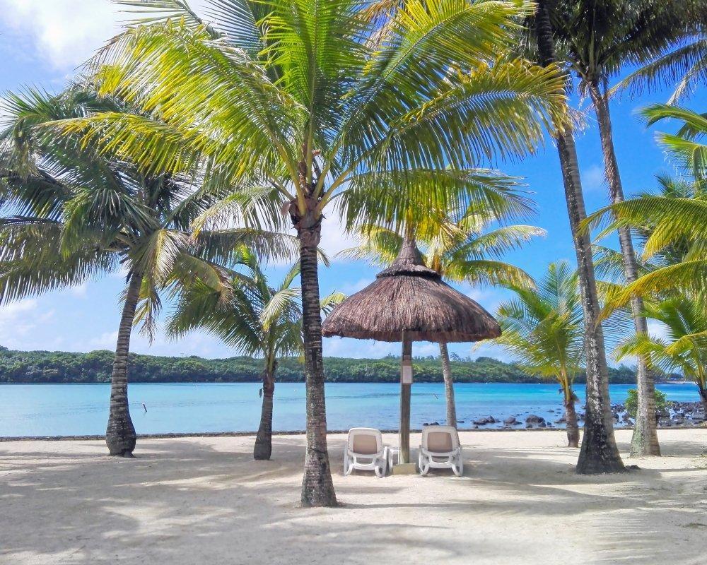 10 nap a trópusokon, Mauritius: utazás repülővel és szállás