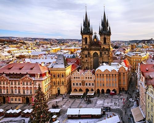 Prágai városlátogatás repülőjeggyel, szállással, reggelivel