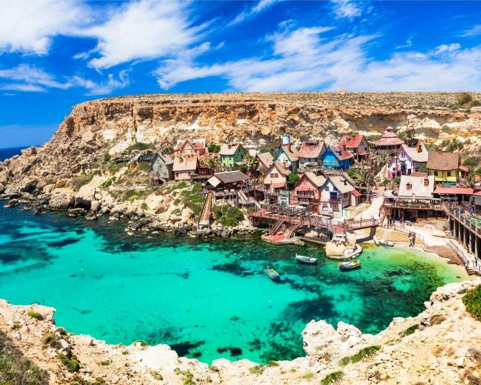 Máltai utazás: repjegy + szállás