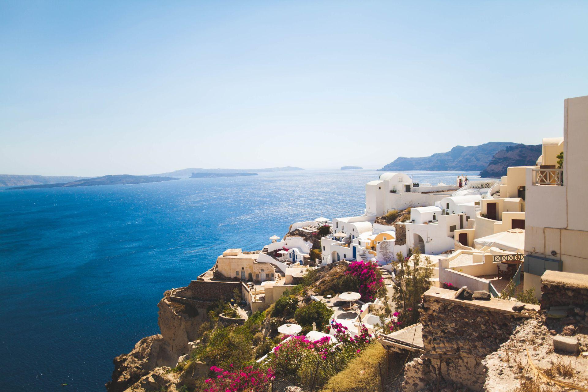 Santorini júniusban szállással és repülőjeggyel