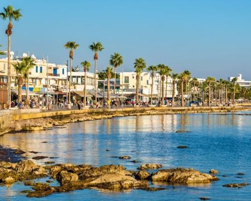 Nyaralás Cipruson: repülőjegy + szállás