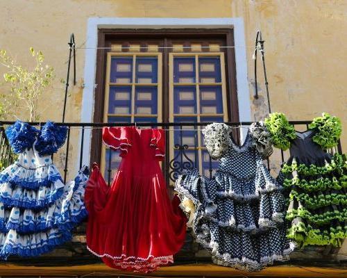 Sevilla, Andalúzia: utazás repülővel és 4 csillagos szállás