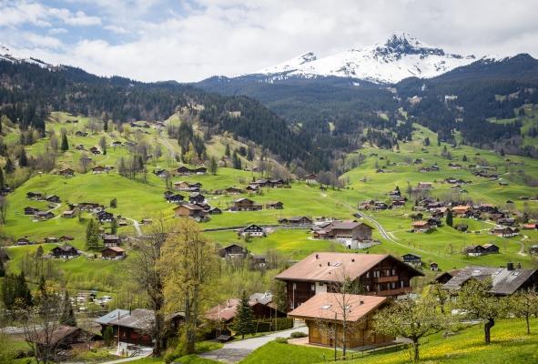 Svájc, Bázel: utazás repülővel és szállás