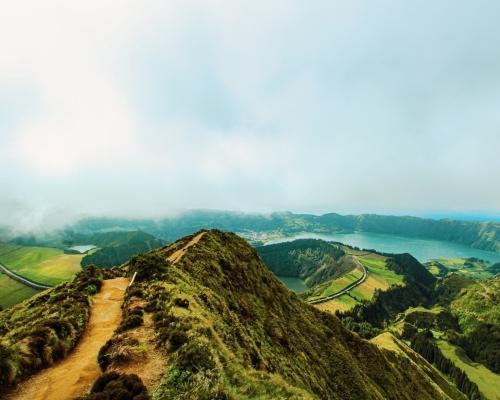 Azori-szigetek utazás áprilisban: egy hét szállással és repjeggyel