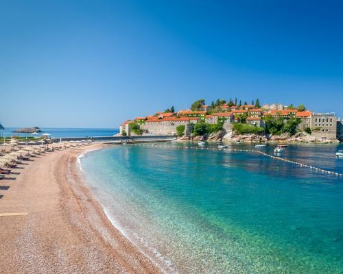 Montenegró, Budva szállással és repjeggyel