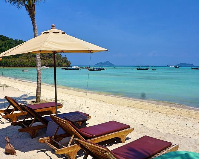 "Bangkok, Flusskreuzfahrt ""River Kwai"", Baden auf Phi Phi Island"