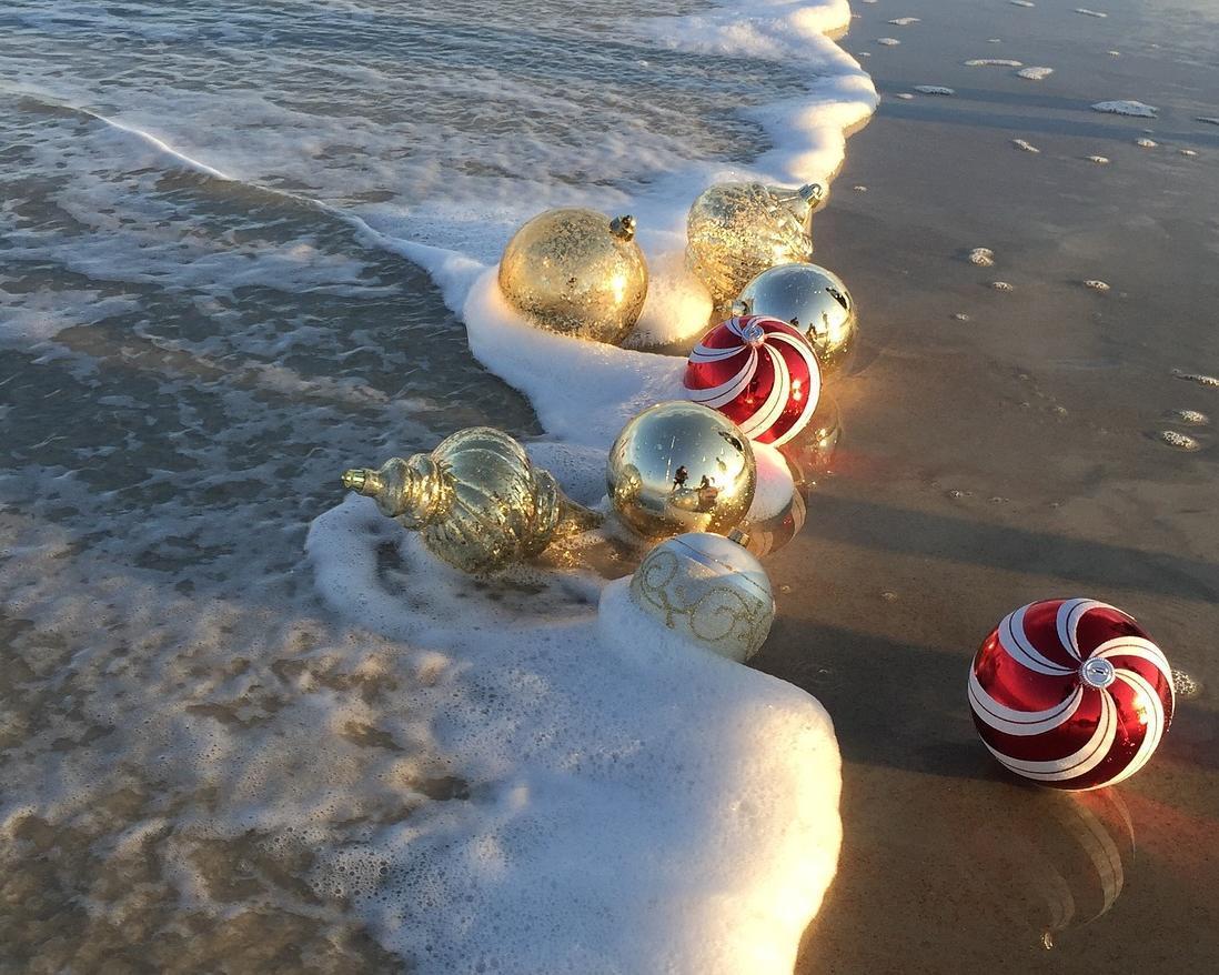Romantische Karibikträume zu Weihnachten & Silvester: Paris bei Nacht & St. Martin inkl. Segelausflug