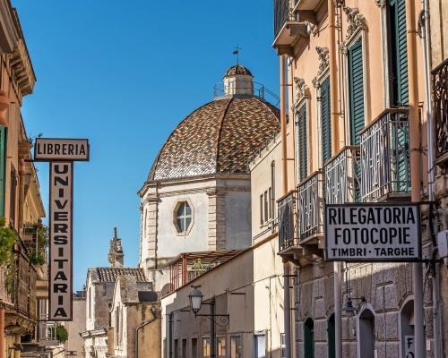 Szardínia: utazás repülővel és szállás