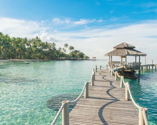 10 nap Phuket repülőjeggyel és 4 csillagos, medencés szállással