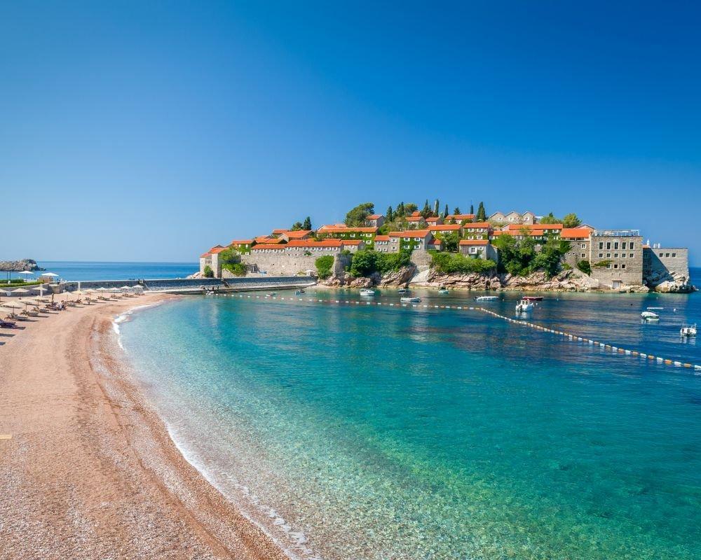 Montenegró, Budva hosszú hétvége szállással és repjeggyel