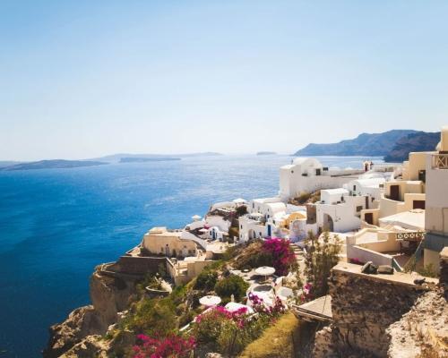 Santorini utazás szállással és repjeggyel Bécsből